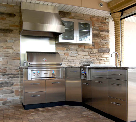 Stainless Outdoor Kitchen With Hood